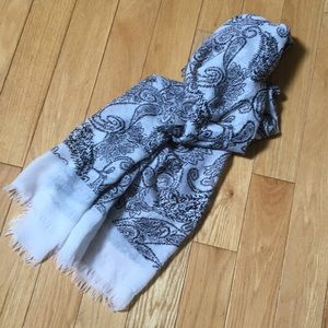 Accessories - Paisley Patterned Scarf